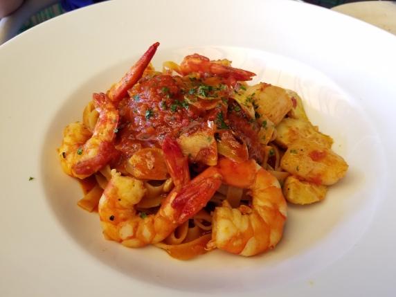 seafood marinera spaghetti
